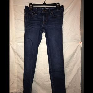 Dark wash Low Rise skinny jeans